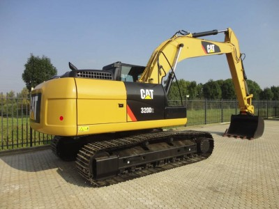 caterpillar-320d,32c44f77