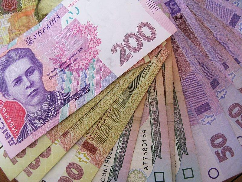 Чи враховується стаж, здобутий за кордоном, при оформленні пенсії Україні?
