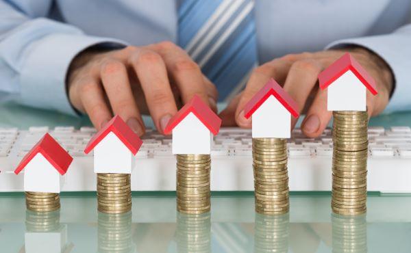 Картинки по запросу бум продаж и рост цен на жилье