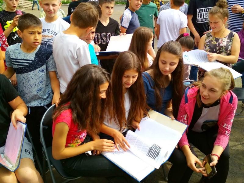 В школах Ізи та Березова працював мобільний центр професійної орієнтації