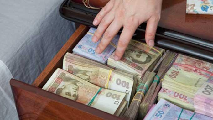 Для виплати пенсій закарпатцям у травні необхідно 586,6 мільйона гривень
