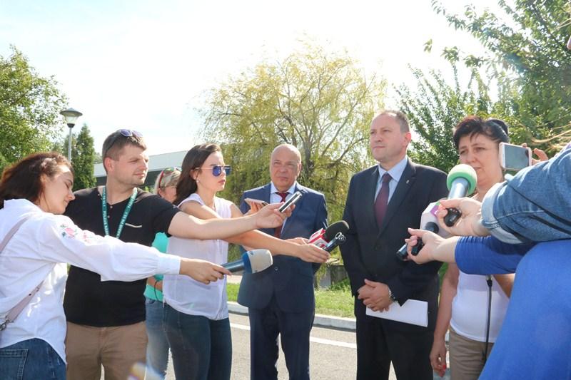 Угорщина вкотре надала Закарпаттю гуманітарну допомогу – 3 тонни хлору для очистки питної води